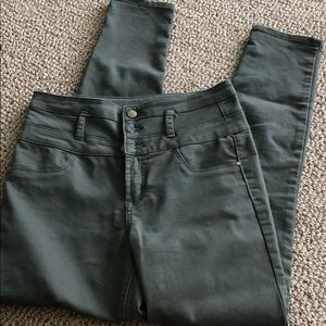 Olive green high waisted skinny jean size 8